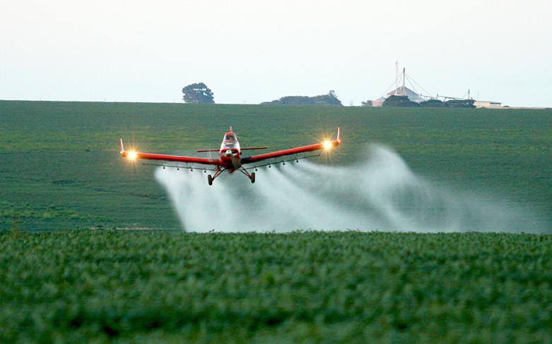Benefícios da pulverização aérea